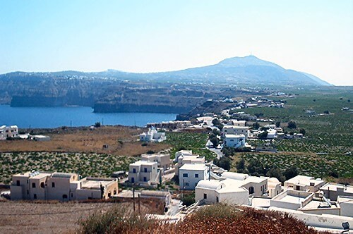 SANTORINI-AKROTIRI-CAR-RENTAL