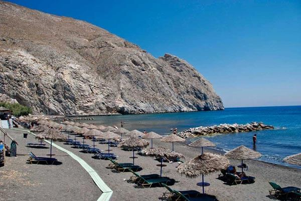 SANTORINI-CAR-HIRE-PERISSA
