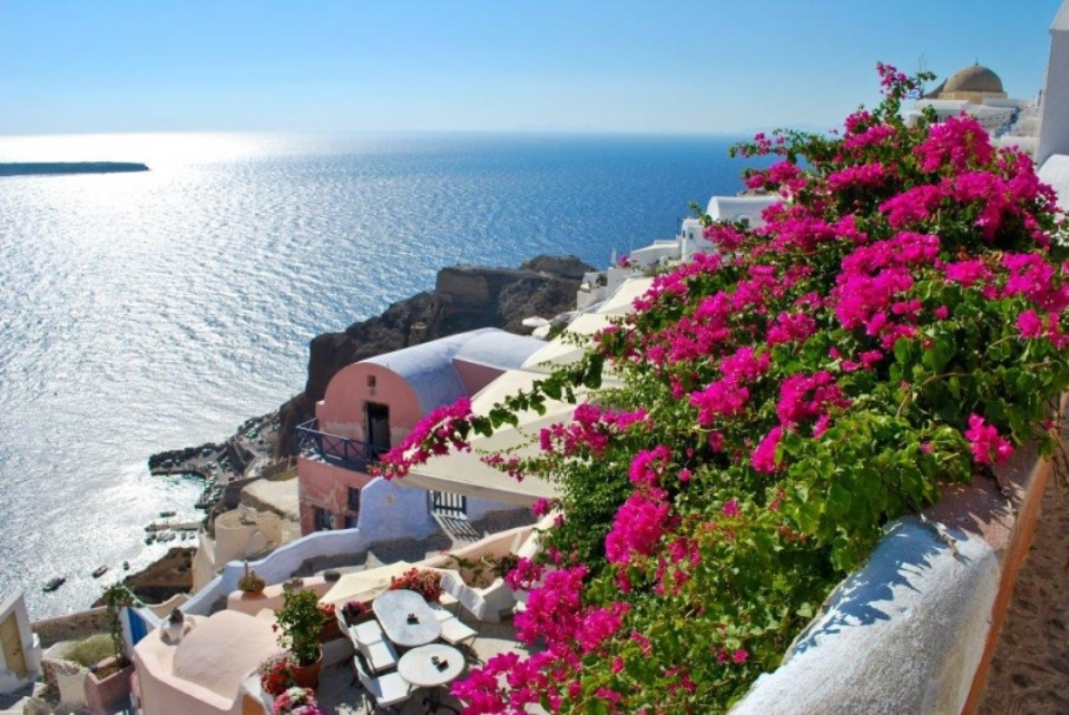 get-around-in-santorini-with-a-rental-car-on-clean-monday