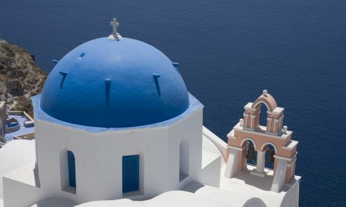 All you need to know about driving and rent a car in Santorini